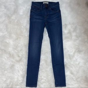 Madewell roadtripper skinny jeans size 23